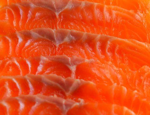 STRACCETTI DI SALMONE AFFUMICATO AL TARTUFO ESTIVO-Straccetti of smoked salmon with summer truffle
